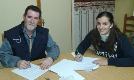 firma_contrato_baeza_2012.jpg