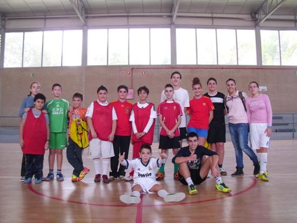 santacecilia2012_-_futbol3.jpg